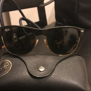 Ray-Ban Clubmaster (Oversized) - Black and Gold